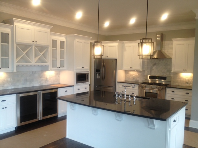 Modern Shaker Style Kitchen Cabinets in Brookhaven, GA